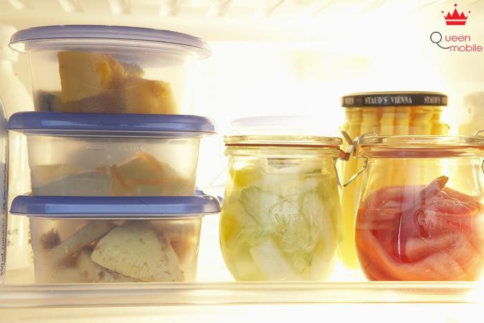 Nên dùng hũ và hộp thủy tinh đựng thức ăn