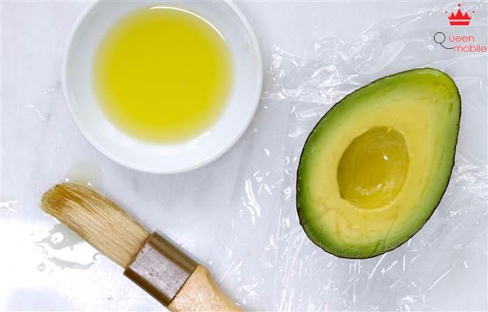 Bảo quản bơ chín bằng dầu oliu