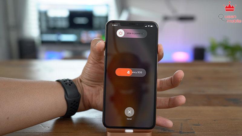 SOS-khan-cap-iPhone-XS-Max